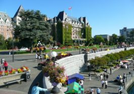 places to visit in Canada during the summer
